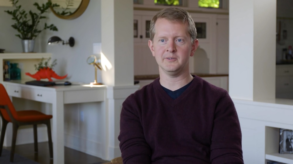 Ken Jennings Apologizes For Old Tweets: 'I Screwed Up'