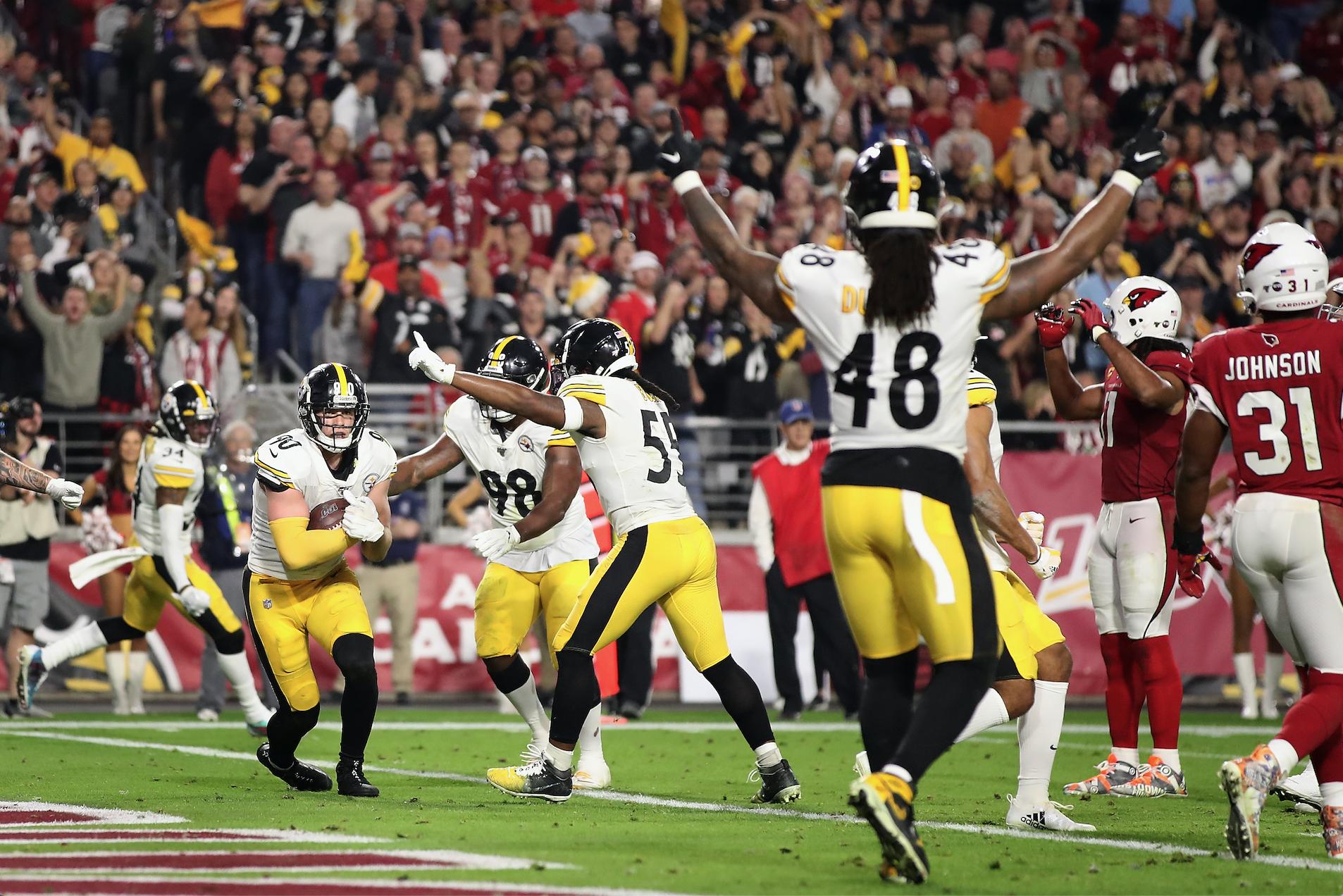 Football Christian Petersen/Getty Images