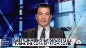 Scott Gottlieb telling Shep Smith we can lift indoor mask guidelines.