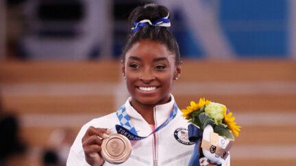 Simone Biles Wins Bronze