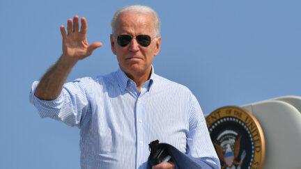 US President Joe Biden makes his way to board Air Force One