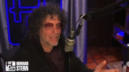 Howard Stern blasts Kyrie Irving for refusing the vaccine